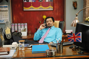 Mumbai Calling. Dev (Nitin Ganatra). Copyright: Allan McKeown Presents.