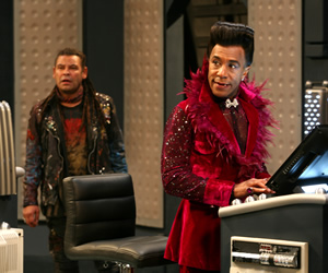 Red Dwarf. Image shows from L to R: Lister (Craig Charles), Cat (Danny John-Jules). Copyright: Grant Naylor Productions / BBC.