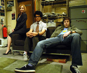 The IT Crowd. Image shows from L to R: Jen (Katherine Parkinson), Moss (Richard Ayoade), Roy (Chris O'Dowd). Image credit: TalkbackThames.