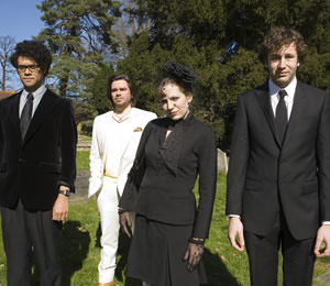 The IT Crowd. Image shows from L to R: Moss (Richard Ayoade), Douglas Reynholm (Matt Berry), Jen (Katherine Parkinson), Roy (Chris O'Dowd). Copyright: TalkbackThames.