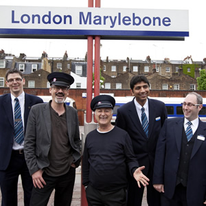 Richard and Tony with Chiltern Railways staff. Image shows from L to R: Richard Preddy, Tony Robinson.