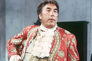 A Touch Of The Casanovas. Fransisco (Frankie Howerd). Copyright: Thames Television.