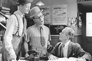 Band Waggon. Image shows from L to R: Richard 'Stinker' Murdoch (Richard Murdoch), Arthur Askey (Arthur Askey), Hobday (Donald Calthrop).