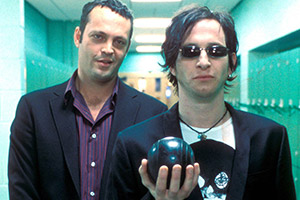Blackball. Image shows from L to R: Rick Schwartz (Vince Vaughn), Cliff Starkey (Paul Kaye).