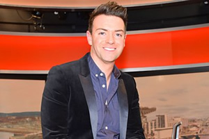 Breaking The News. Des Clarke. Copyright: BBC.