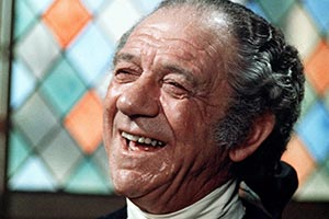 Carry On Dick. Richard 'Big Dick' Turpin / Reverend Flasher (Sid James). Copyright: Peter Rogers Productions.