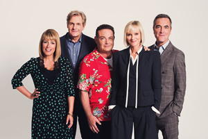 Cold Feet. Image shows from L to R: Jenny Gifford (Fay Ripley), David Marsden (Robert Bathurst), Pete Gifford (John Thomson), Karen Marsden (Hermione Norris), Adam Williams (James Nesbitt).