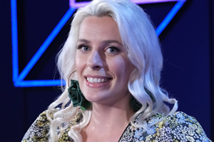 Comedians Giving Lectures. Sara Pascoe. Copyright: 12 Yard Productions.