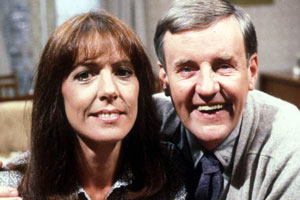 Ever Decreasing Circles. Image shows from L to R: Ann Bryce (Penelope Wilton), Martin Bryce (Richard Briers). Copyright: BBC.