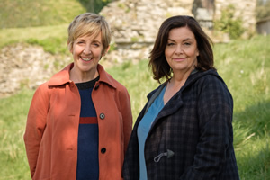 The Trouble With Maggie Cole. Image shows from L to R: Jill Wheadon (Julie Hesmondhalgh), Maggie Cole (Dawn French). Copyright: Genial Productions.