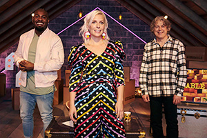 Guessable?. Image shows from L to R: Darren Harriott, Sara Pascoe, Alan Davies. Copyright: Tuesday's Child.