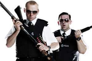 Hot Fuzz. Image shows from L to R: Sgt Nicholas Angel (Simon Pegg), PC Danny Butterman (Nick Frost). Copyright: Working Title Films.