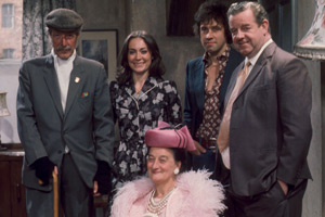 I Didn't Know You Cared. Image shows from L to R: Uncle Mort (Robin Bailey), Pat Partington (Anita Carey), Annie Brandon (Liz Smith), Carter Brandon (Stephen Rea), Les Brandon (John Comer). Copyright: BBC.