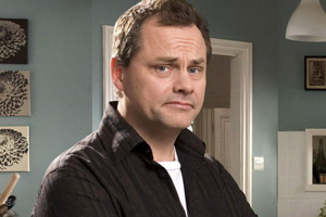 Lead Balloon. Rick Spleen (Jack Dee). Copyright: Open Mike Productions.