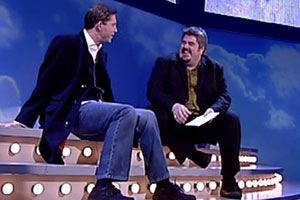 Lee Evans Up Close. Image shows from L to R: Lee Evans, Phill Jupitus. Copyright: Little Mo Films.