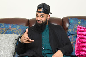 Man Like Mobeen. Mobeen (Guz Khan). Copyright: Cave Bear Productions.
