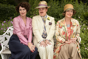 Mapp & Lucia. Image shows from L to R: Lucia Lucas (Anna Chancellor), Georgie Pillson (Steve Pemberton), Elizabeth Mapp (Miranda Richardson). Copyright: BBC.