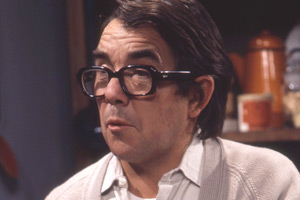 Now Look Here.... Ronnie (Ronnie Corbett). Copyright: BBC.