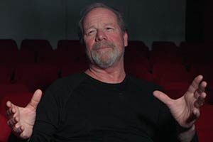 Orphans Reunited. Peter Mullan. Copyright: Hopscotch Films.
