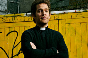 Rev. Rev Adam Smallbone (Tom Hollander). Copyright: Big Talk Productions.