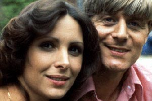 Rings On Their Fingers. Image shows from L to R: Sandy (Bennett) Pryde (Diane Keen), Oliver Pryde (Martin Jarvis). Copyright: BBC.