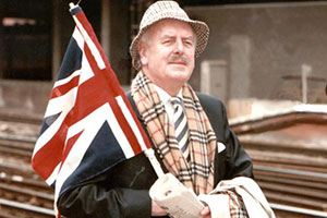 Root Into Europe. Henry Root (George Cole). Copyright: Aspect Film And Television.