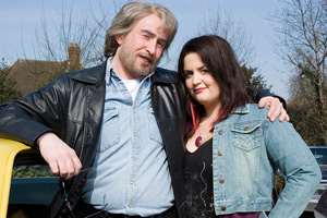 Saxondale. Image shows from L to R: Tommy (Steve Coogan), Magz (Ruth Jones).
