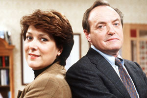 Second Thoughts. Image shows from L to R: Faith (Lynda Bellingham), Bill (James Bolam).