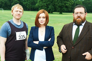 Sick Note. Image shows from L to R: Daniel Glass (Rupert Grint), Katerina West (Lindsay Lohan), Dr Ian Glennis (Nick Frost). Copyright: King Bert Productions.
