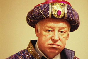 Les Dennis to star in Sideshow