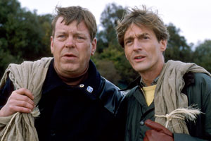Sleepers. Image shows from L to R: Albert Robinson (Warren Clarke), Jeremy Coward (Nigel Havers). Copyright: Cinema Verity.