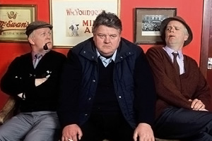 Still Game. Image shows from L to R: Jack Jarvis (Ford Kiernan), Davie (Robbie Coltrane), Victor McDade (Greg Hemphill). Copyright: The Comedy Unit.