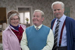 Still Game. Image shows from L to R: Isa Drennan (Jane McCarry), Jack Jarvis (Ford Kiernan), Victor McDade (Greg Hemphill). Copyright: The Comedy Unit.