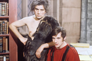 The Complete And Utter History Of Britain. Image shows from L to R: Terry Jones, Michael Palin. Copyright: London Weekend Television.