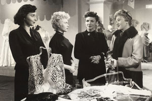The Crowded Day. Image shows from L to R: Maggie (Rachel Roberts), Suzy (Vera Day), Mrs. Morgan (Freda Jackson), Marge (Dora Bryan).