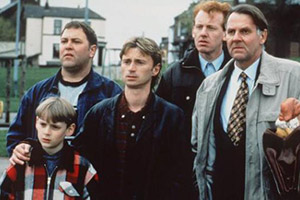 The Full Monty. Image shows from L to R: Nathan (William Snape), Dave (Mark Addy), Gaz (Robert Carlyle), Lomper (Steve Huison), Gerald (Tom Wilkinson).