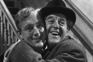 The Lavender Hill Mob. Image shows from L to R: Holland (Alec Guinness), Pendlebury (Stanley Holloway).