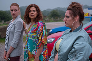 The Other One. Image shows from L to R: Cathy (Ellie White), Tess (Rebecca Front), Cat (Lauren Socha). Copyright: Tiger Aspect Productions.