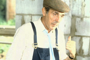 Photograph courtesy of Revelation Films. Larger Workman (Eric Sykes). Copyright: Thames Television.