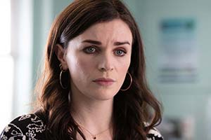 This Way Up. Aine (Aisling Bea). Copyright: Merman.