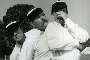 Three Men In A Boat. Image shows from L to R: George (Laurence Harvey), Harris (Jimmy Edwards), J (David Tomlinson). Copyright: Remus Films.