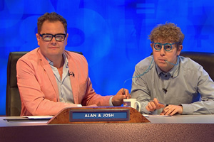 8 Out Of 10 Cats Does Countdown. Image shows from L to R: Alan Carr, Josh Widdicombe.