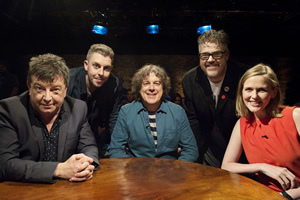 Alan Davies: As Yet Untitled. Image shows from L to R: Stuart Maconie, Carl Donnelly, Alan Davies, Phill Jupitus, Pippa Evans. Copyright: Phil McIntyre Entertainment.