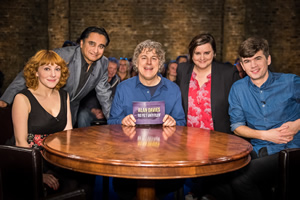 Alan Davies: As Yet Untitled. Image shows from L to R: Sophie Willan, Sanjeev Bhaskar, Alan Davies, Susan Calman, Ivo Graham. Copyright: Phil McIntyre Entertainment.