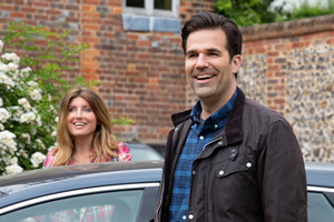 Catastrophe. Image shows from L to R: Sharon (Sharon Horgan), Rob (Rob Delaney). Copyright: Avalon Television.