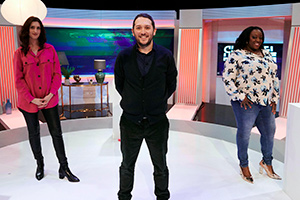 Channel Hopping With Jon Richardson. Image shows from L to R: Jessica Knappett, Jon Richardson, Judi Love. Copyright: Rumpus Media.