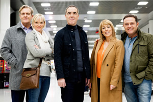 Cold Feet. Image shows from L to R: David Marsden (Robert Bathurst), Karen Marsden (Hermione Norris), Adam Williams (James Nesbitt), Jenny Gifford (Fay Ripley), Pete Gifford (John Thomson). Copyright: Big Talk Productions.