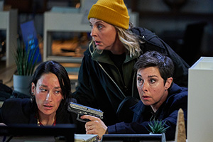 Hitmen. Image shows from L to R: The Accountant (Sian Clifford), Jamie (Mel Giedroyc), Fran (Sue Perkins). Copyright: Tiger Aspect Productions.