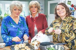 Hold The Sunset. Image shows from L to R: Edith (Alison Steadman), Joan (Sue Johnston), Sandra (Joanna Scanlan). Copyright: BBC.
