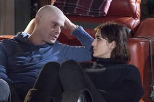 Ill Behaviour. Image shows from L to R: Charlie (Tom Riley), Nadia (Lizzy Caplan).